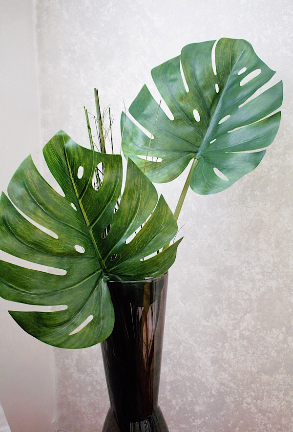 DIY Home Decor-Plant Arrangement & Vase — VIDABEL House Plant In Vase on fake plants in vases, aquatic plants in vases, house plants in containers, water plants in vases, house plants in kitchen, growing plants in vases, green plants in vases, tropical plants in vases,